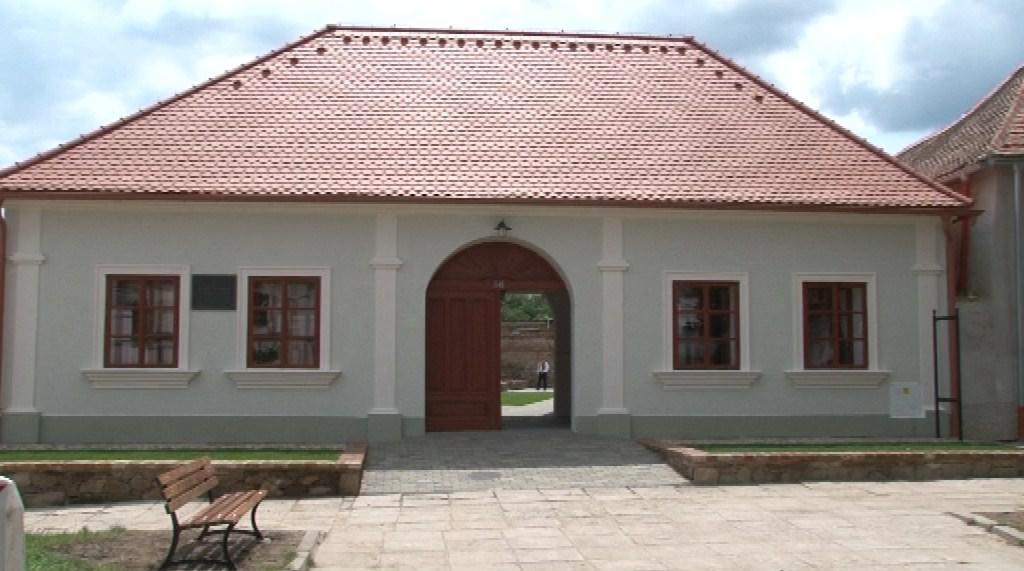 Zrekonstruovaný dům dřív sloužil jako obecní obchod