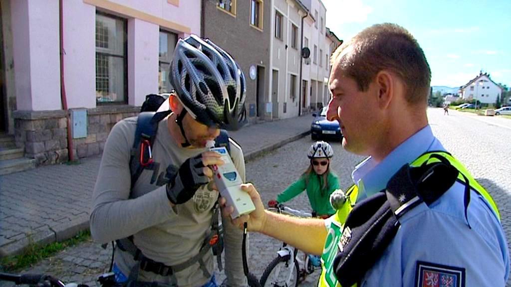 Policejní kontrola cyklistů