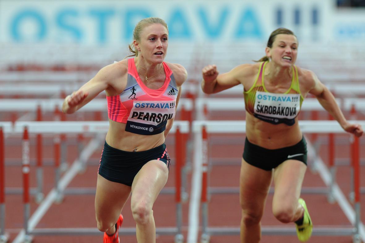 Olympijská šampionka Sally Pearsonová utekla na 110 m překážek všem