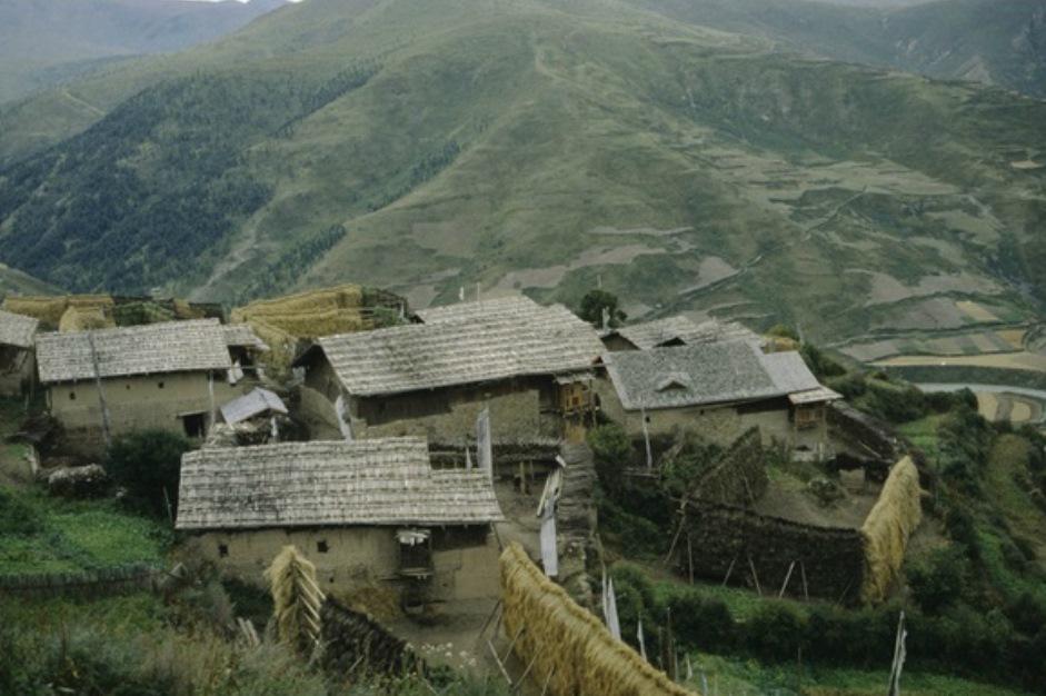Původní tibetská vesnice