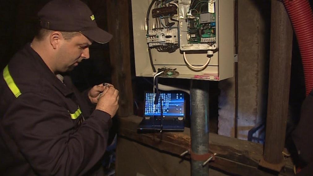 Technici opravují sirény v okolí Brna