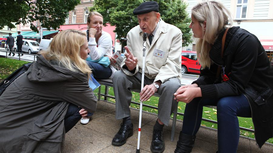 Zájemci zde mohli rozmlouvat s pamětníky o tom, jak se žilo ve stalinistickém Československu