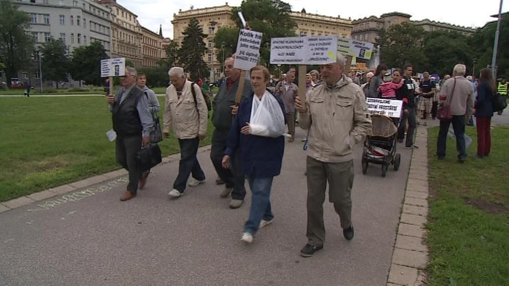 Zahrádkáři se vydávají na pochod městem