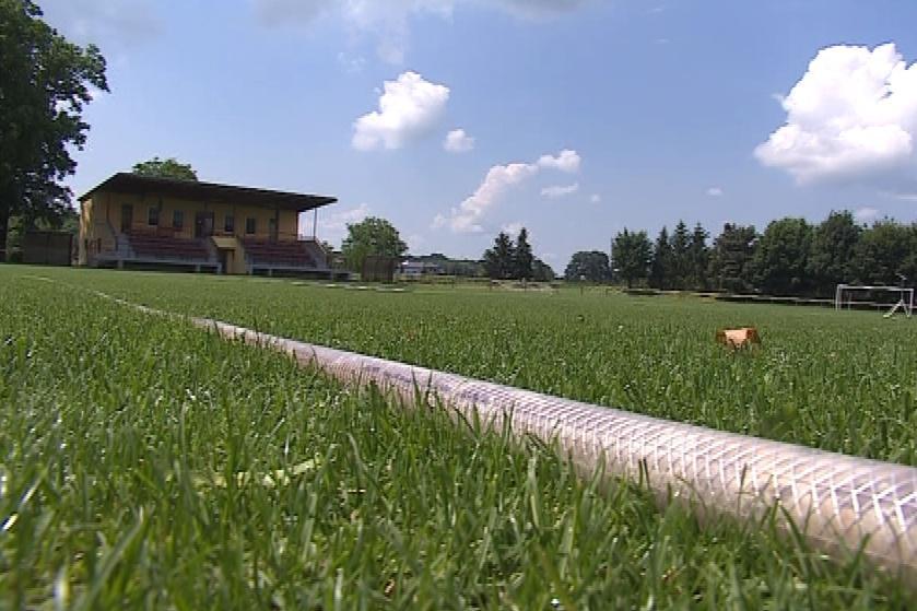 Fotbalové hřiště ve Vážanech