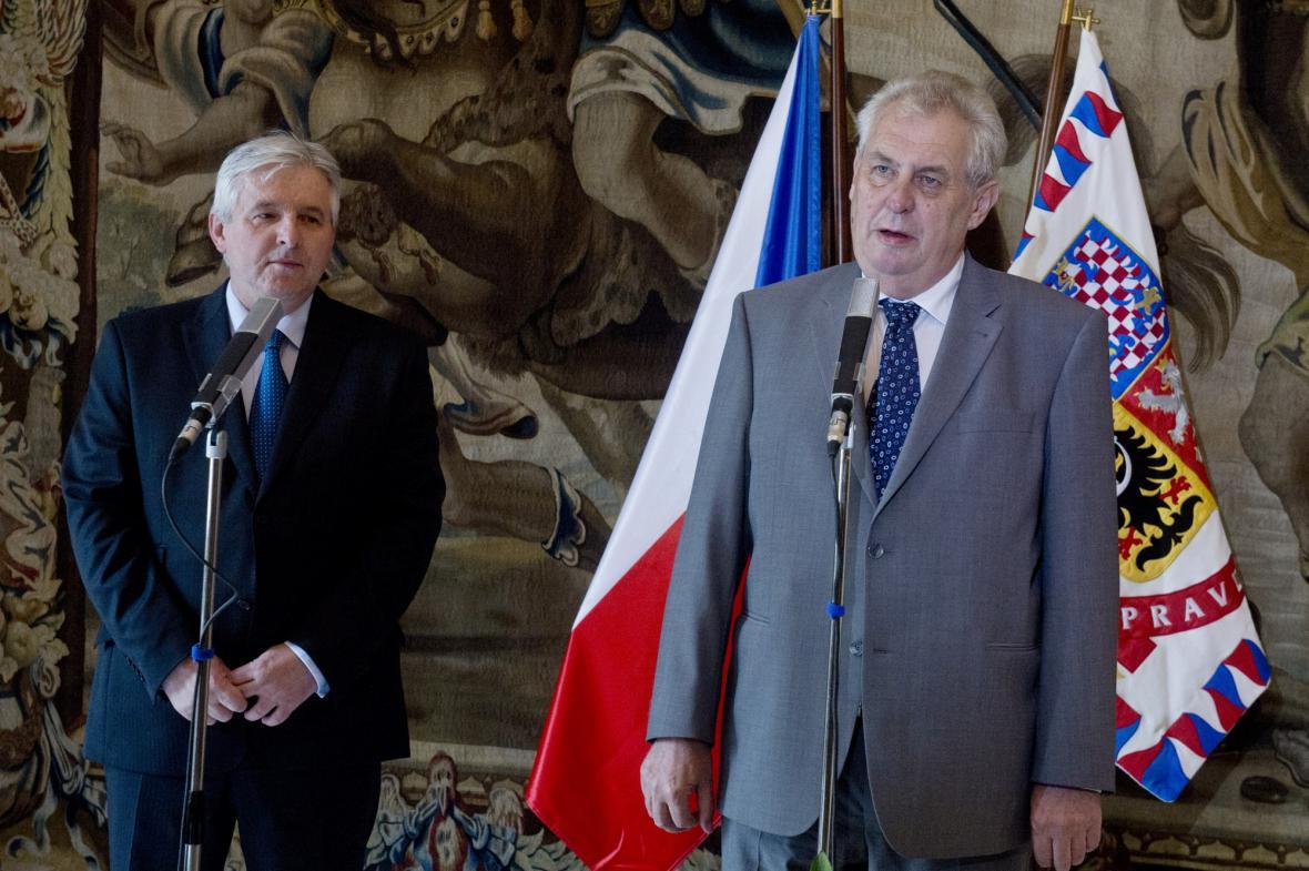 Prezident Miloš Zeman jmenoval premiérem Jiřího Rusnoka
