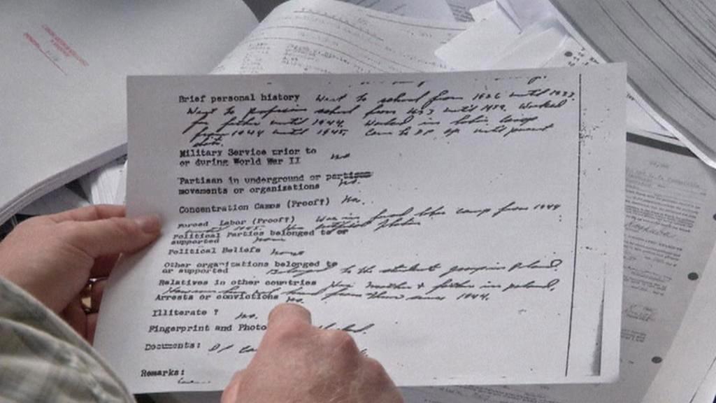 Michael Karkoc lhal americkým imigračním úřadům