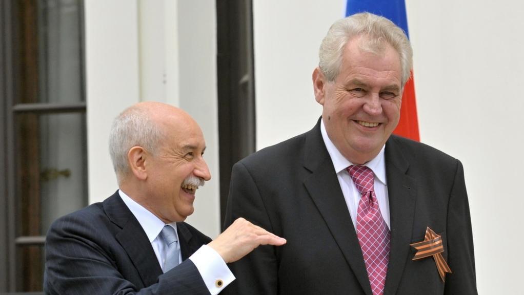 Zeman s ruským velvyslancem Sergejem Kiseljovem