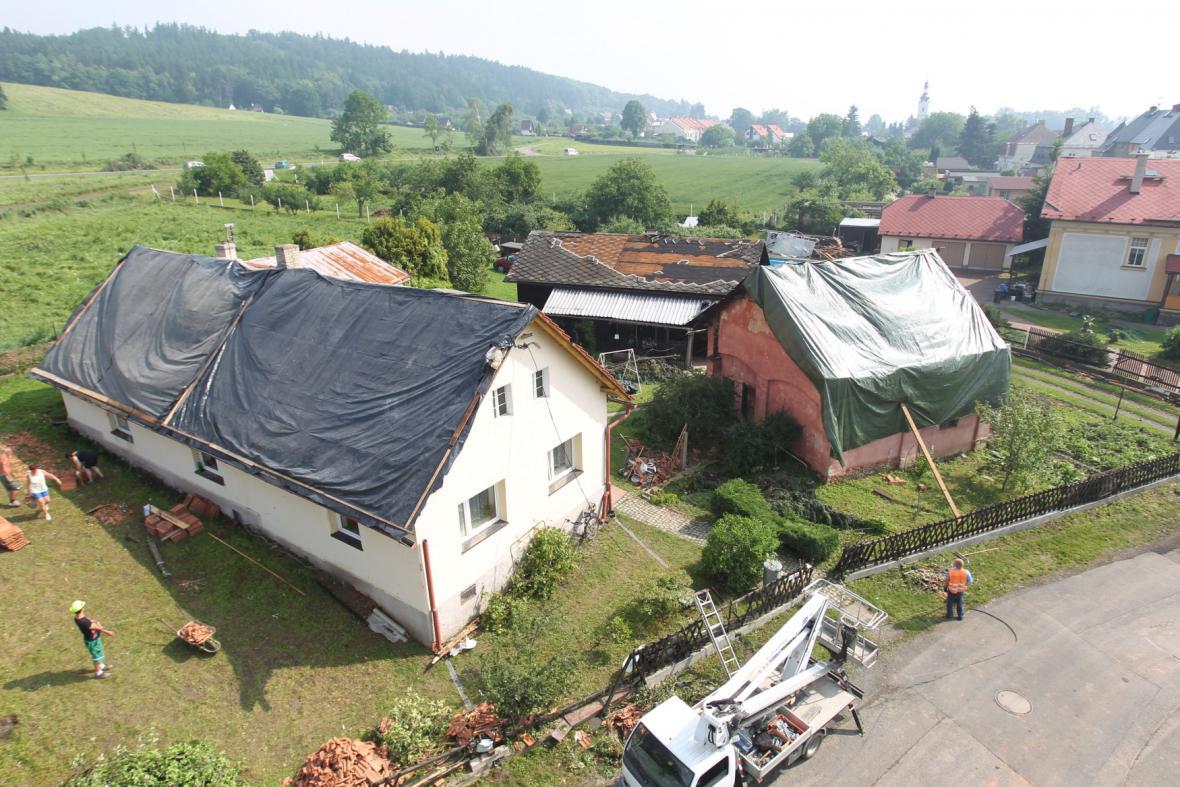 Domy po bouři