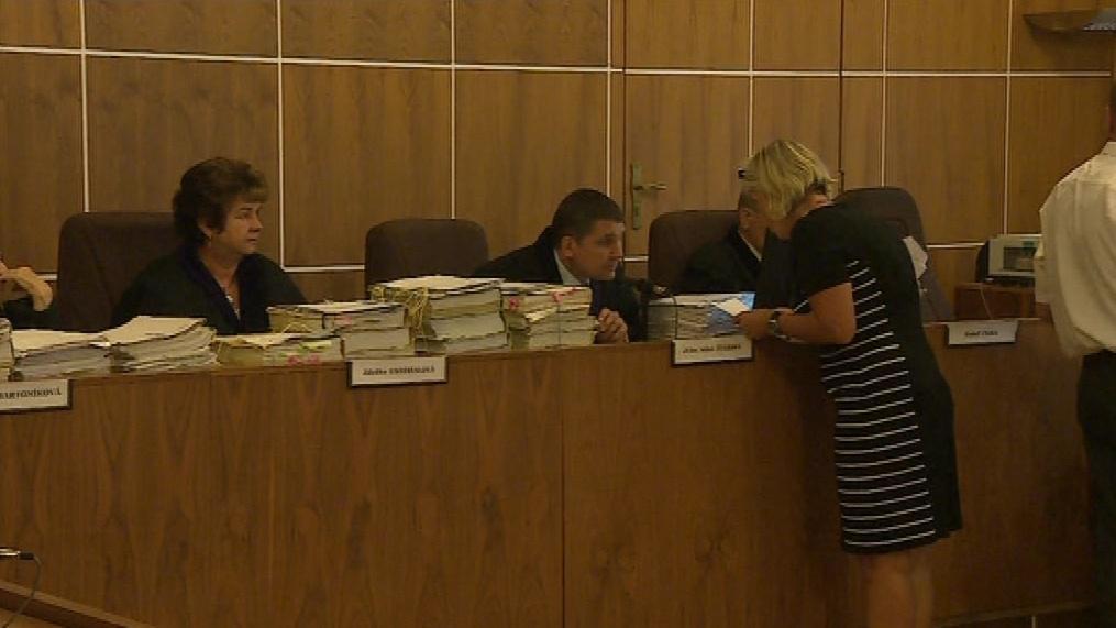 U soudu dnes vypovídali kriminalisté i kolegové obžalovaných policistů