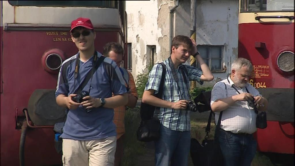 Jízdu historického expresu v Brně si nenechali ujít ani takzvaní šotouši