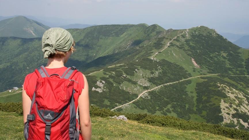 Turistka v Tatrách