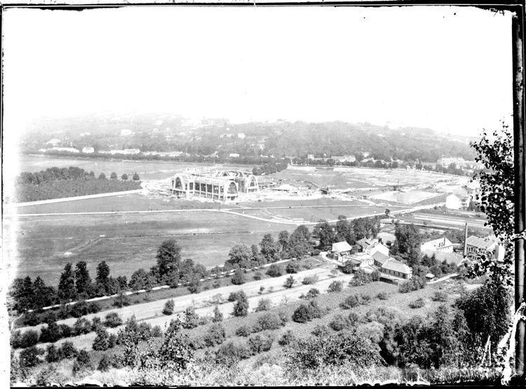 Pohled na stavbu Obchodně průmyslového pavilonu