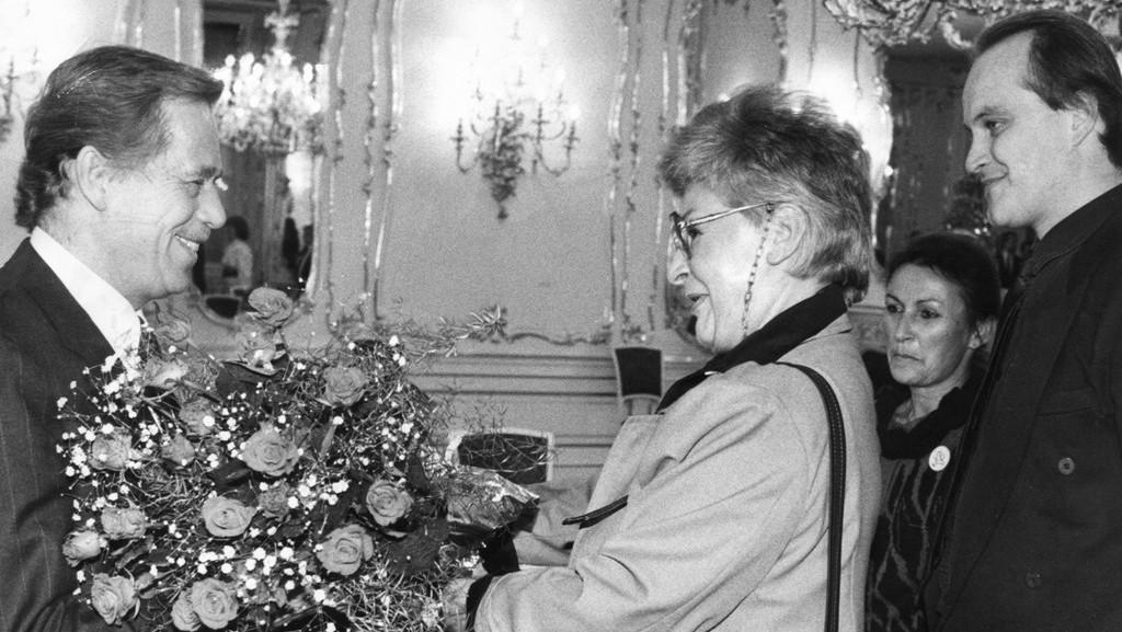 Kamila Moučková s Václavem Havlem