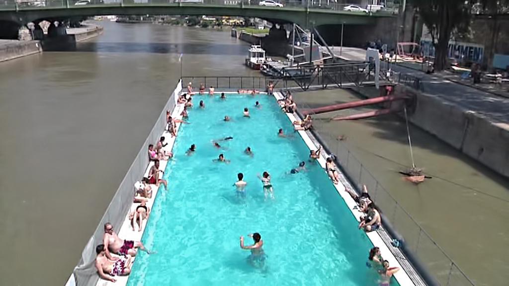 Bazén na Dunaji ve Vídni