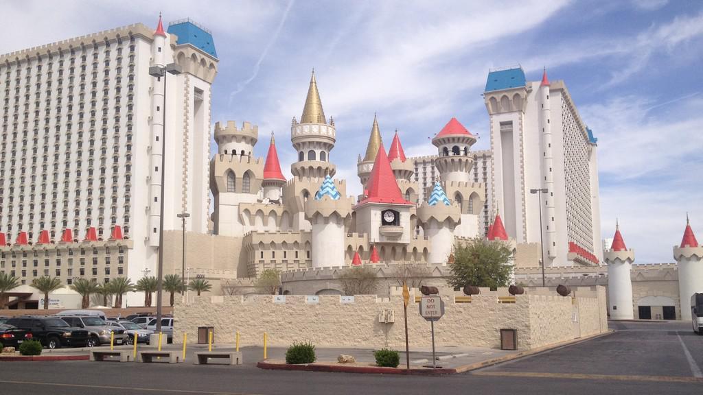 Pohádková silueta hotelu Excalibur