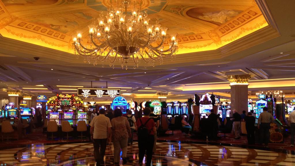 Interiér kasina v hotelu Excalibur
