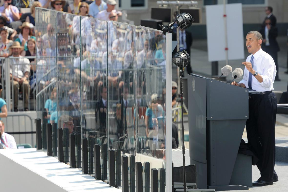 Obama při berlínském projevu