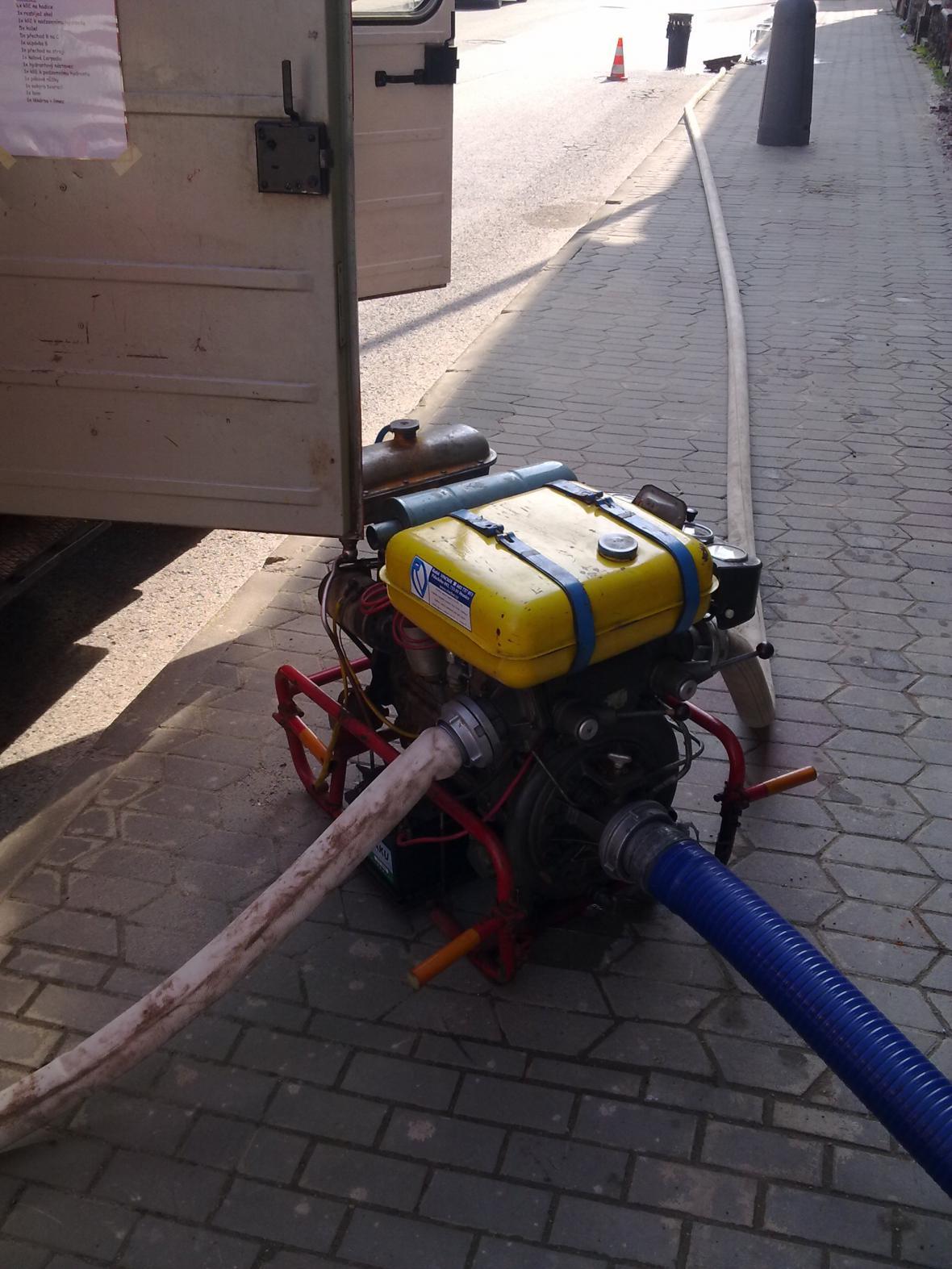 Zásah dobrovolných hasičů z Dobroměřic u Loun