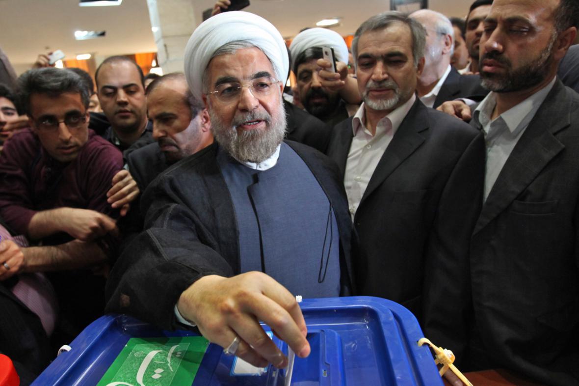 Hasan Rúhání u volební urny