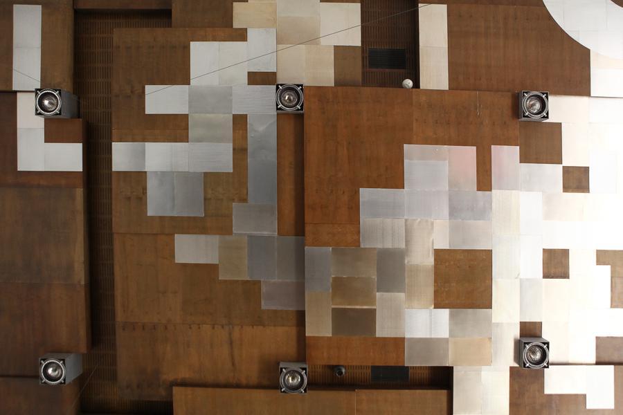 Designový strop v budově bývalého Federálního shromáždění