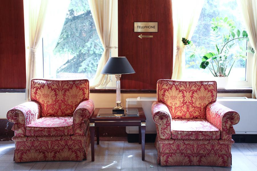 Hotel Crowne Plaza (bývalý International) v Praze-Dejvicích