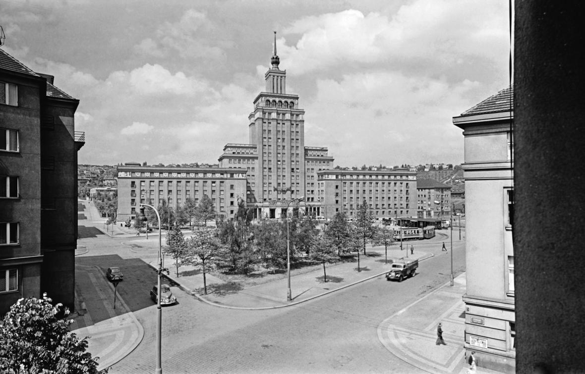 Hotel International v roce 1963
