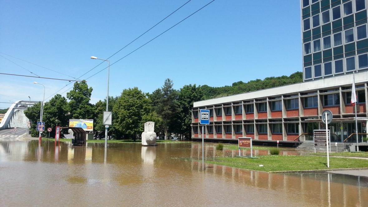 Ústecký krajský soud se ocitá pod vodou