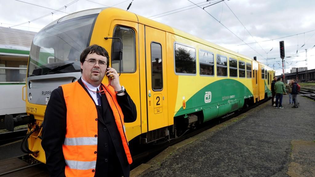 Speciální vlak z Ústí nad Labem do odříznuté čtvrti Vaňov