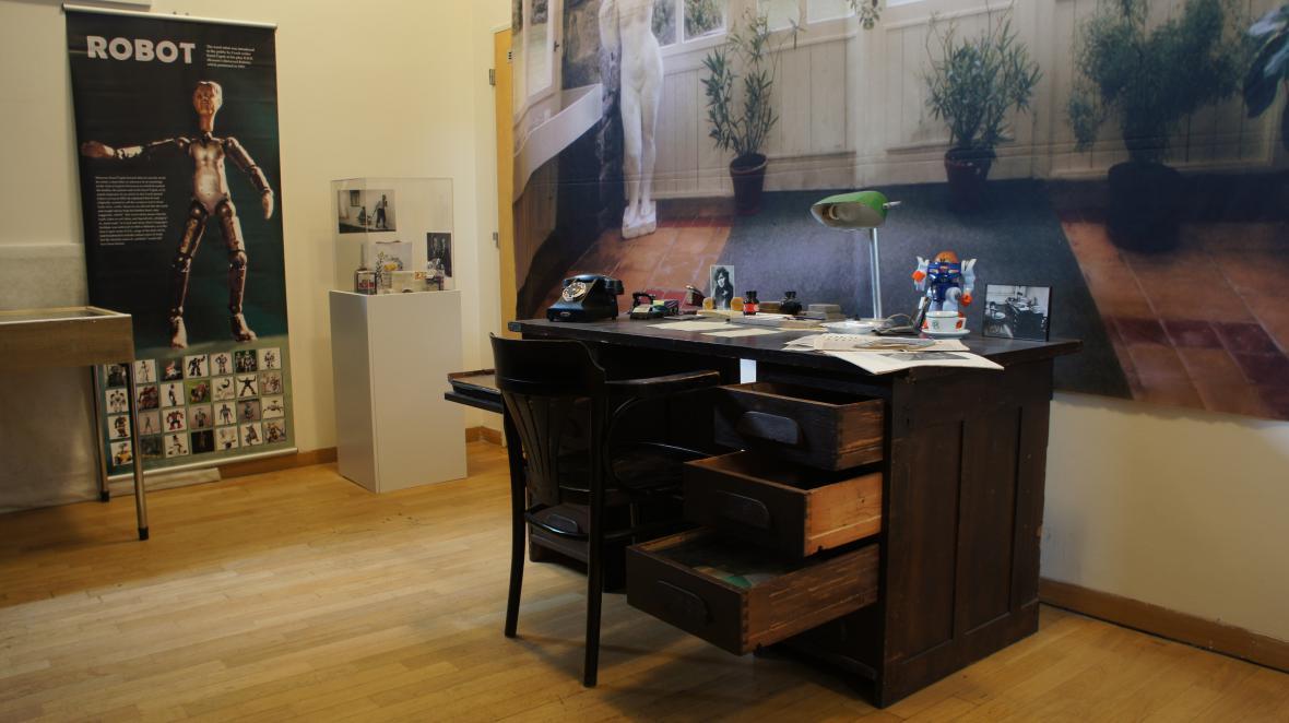 Čapkův pracovní stůl