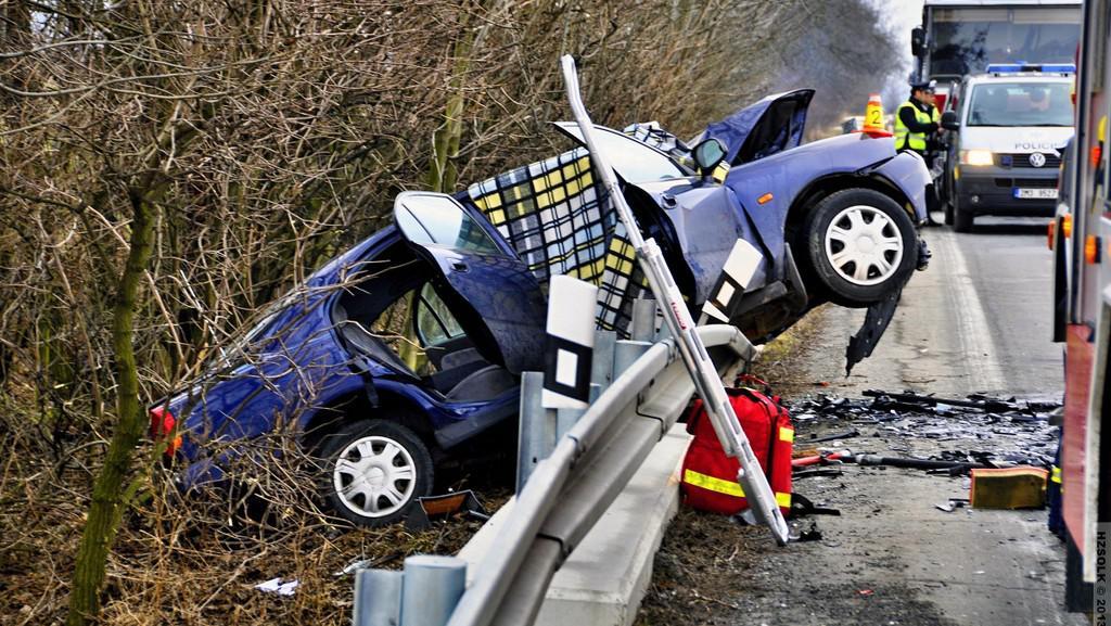 Nehoda mezi Olomoucí a Šternberkem