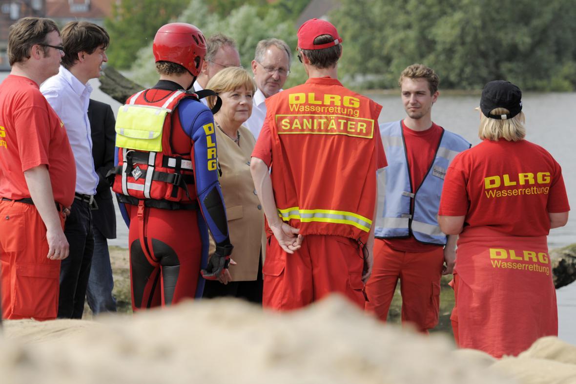 Angela Merkelová v severoněmeckém Hitzackeru