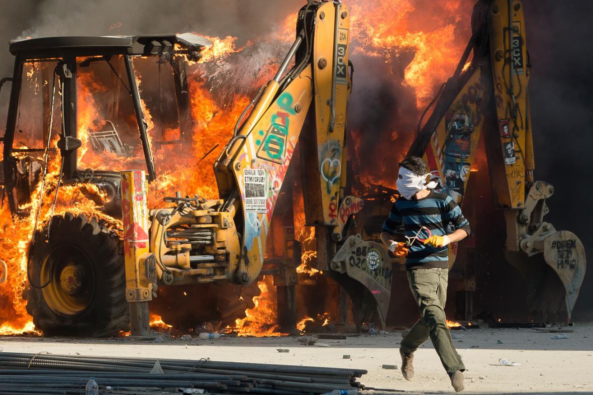 Nepokoje na Taksimském náměstí