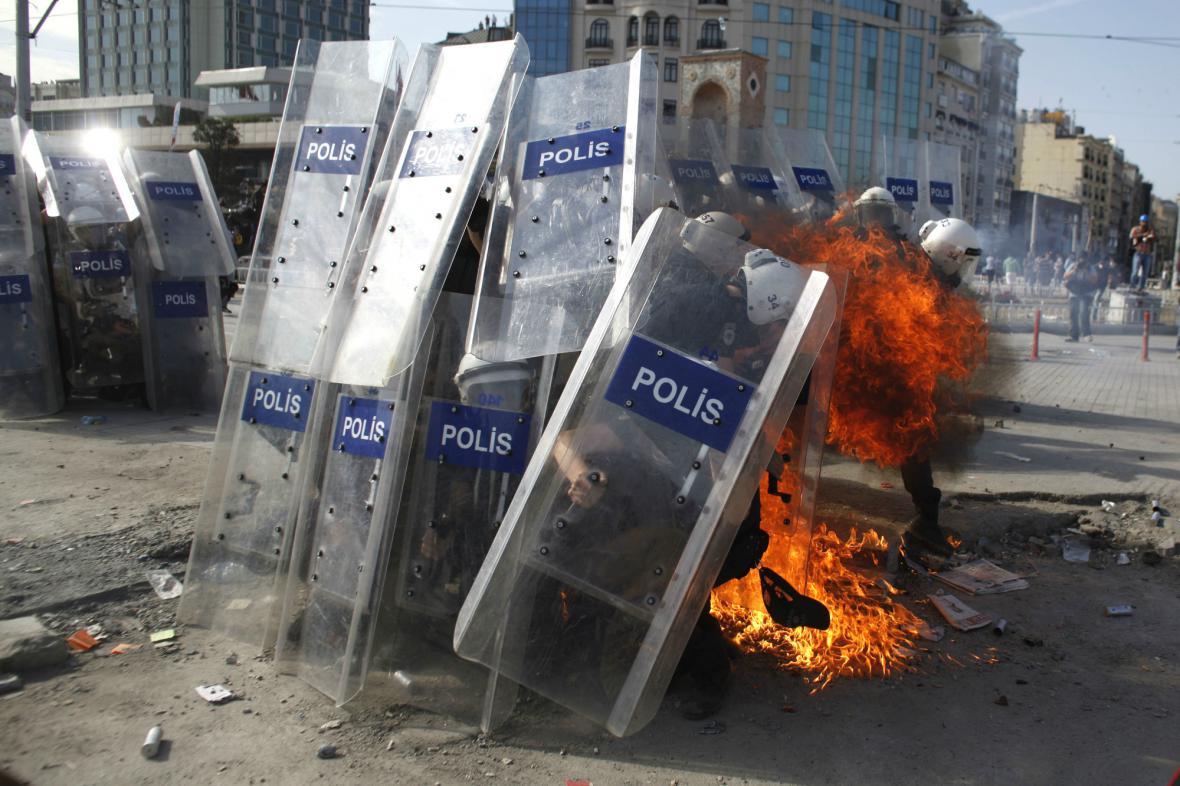 Střety v Istanbulu