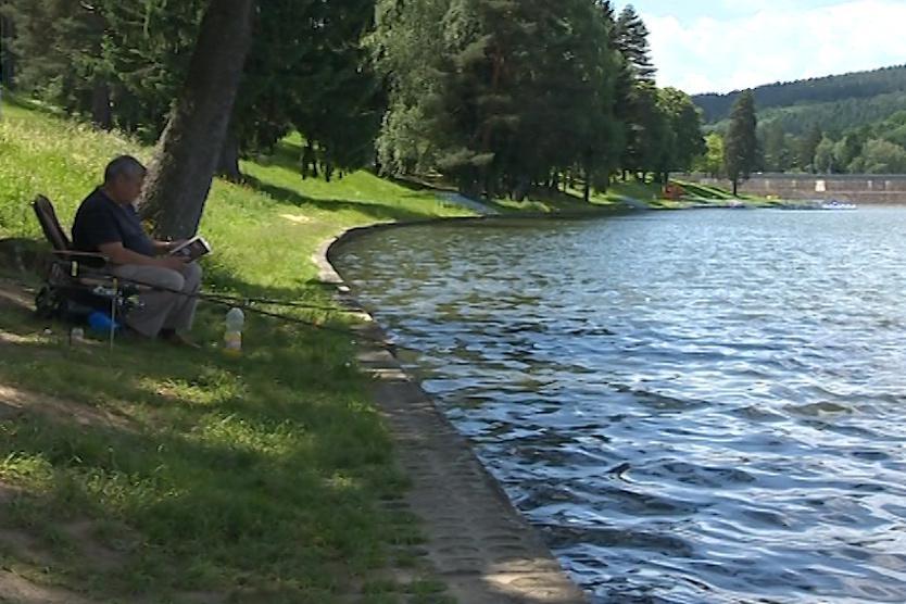 Luhačovická přehrada po vyčištění