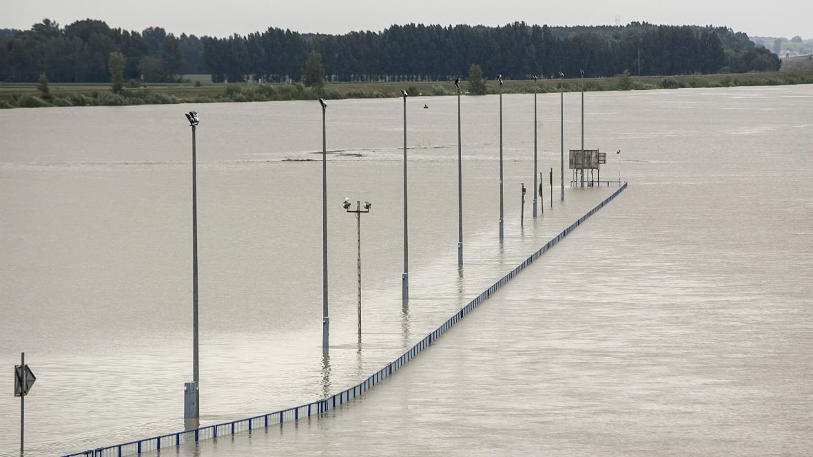Rozvodněný Dunaj u Gabčíkova