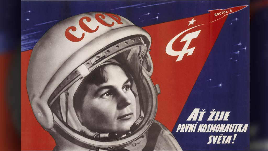 Plakát s Valentinou Těreškovovou