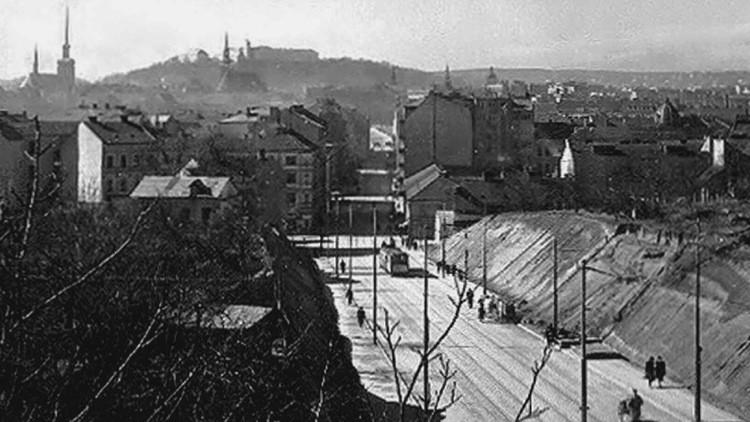 Historický pohled na Brno z Černých polí