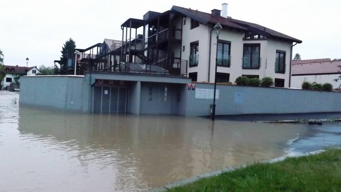 Povodeň v Hostivaři