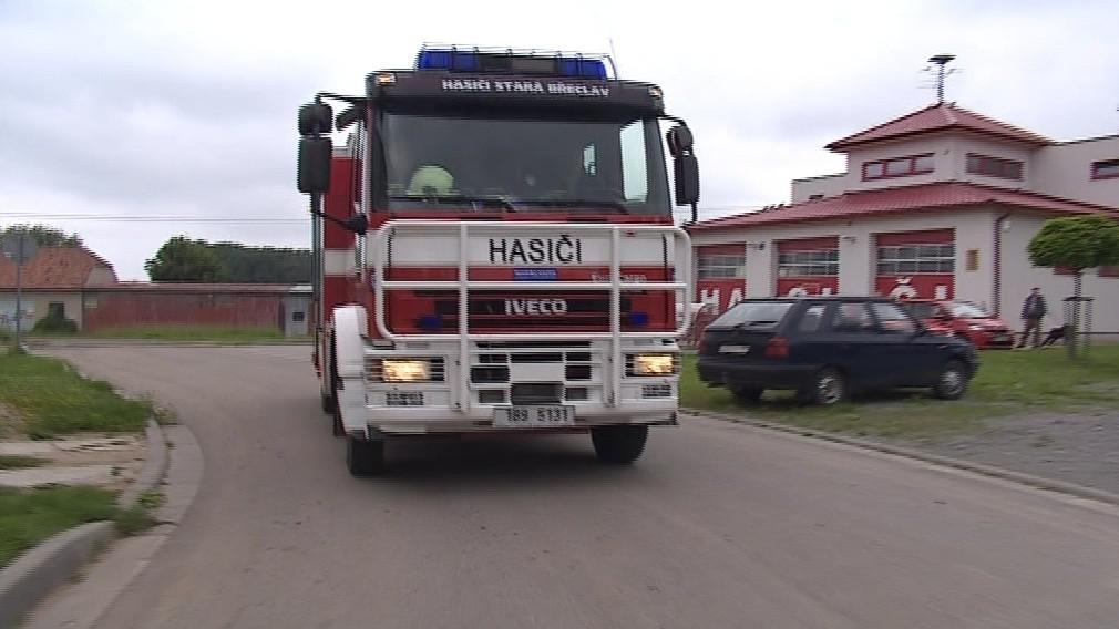 Břeclavští hasiči odjeli pomáhat do hlavního města
