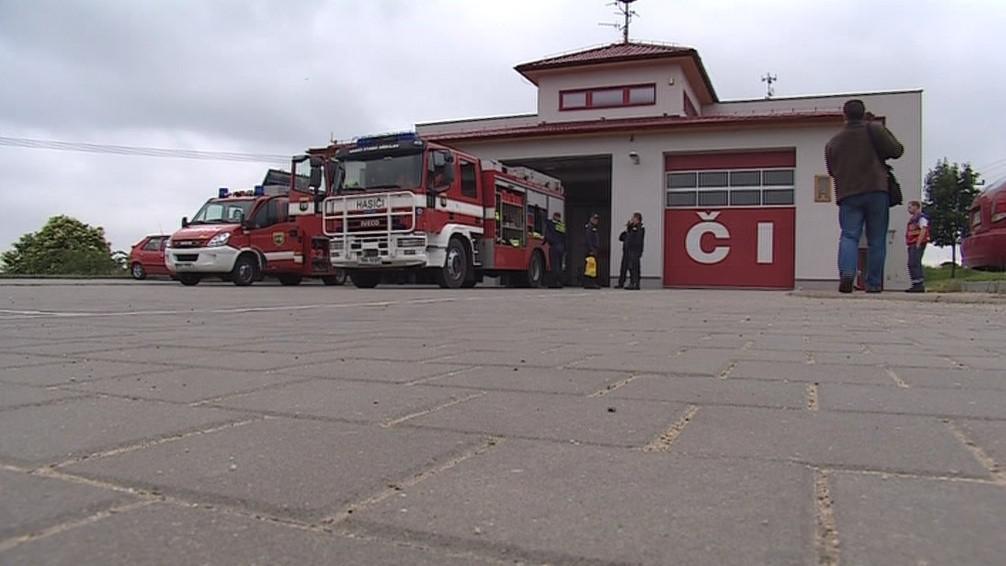 Jedno povodňové hasičské auto dokáže odčerpat až 7 500 litrů za minutu