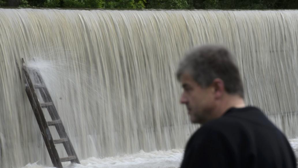 Voda v Hoříně překonala bariéry.