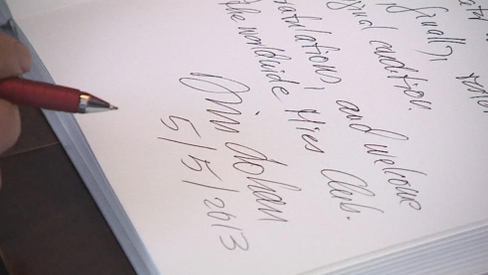 Zápis Dirka Lohana do návštěvní knihy