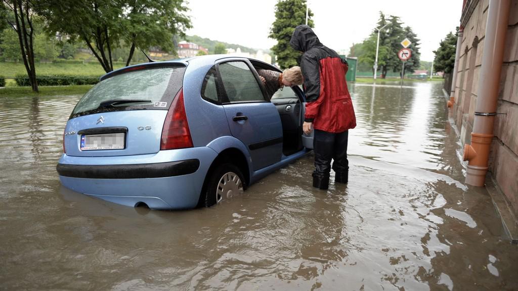 Zaplavené auto