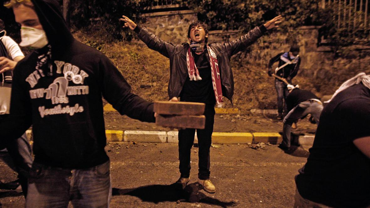 Turečtí demonstranti