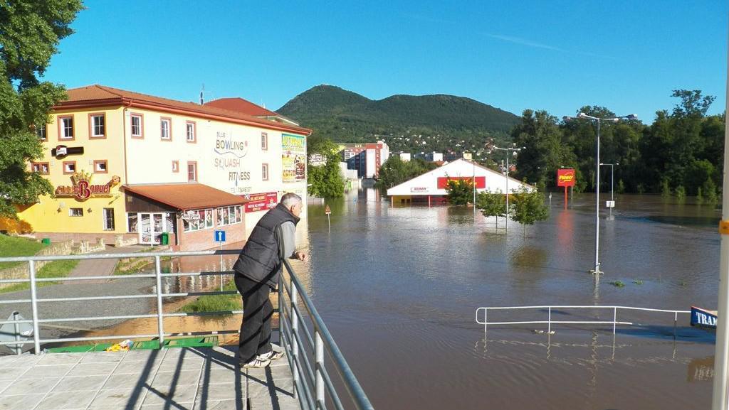 Pod vodou je i Penny market v Lovosicích