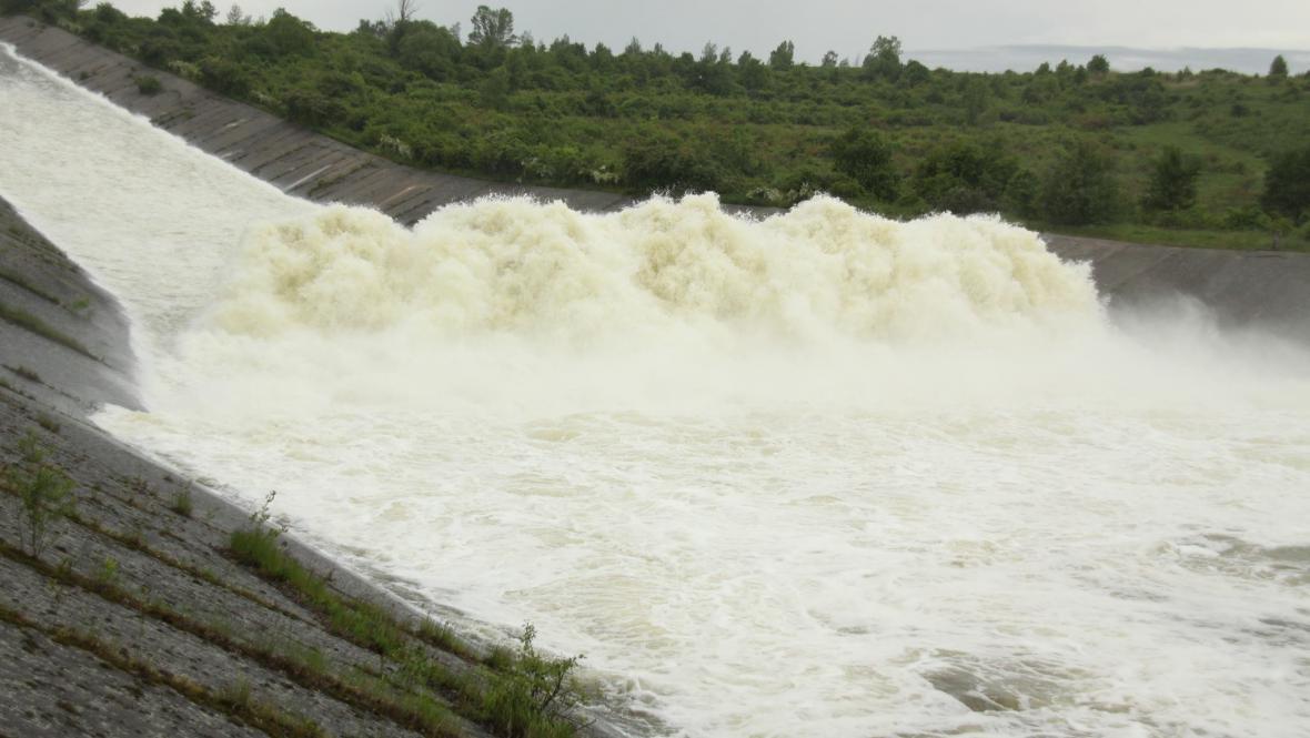 Přepad na Nechranické přehradě