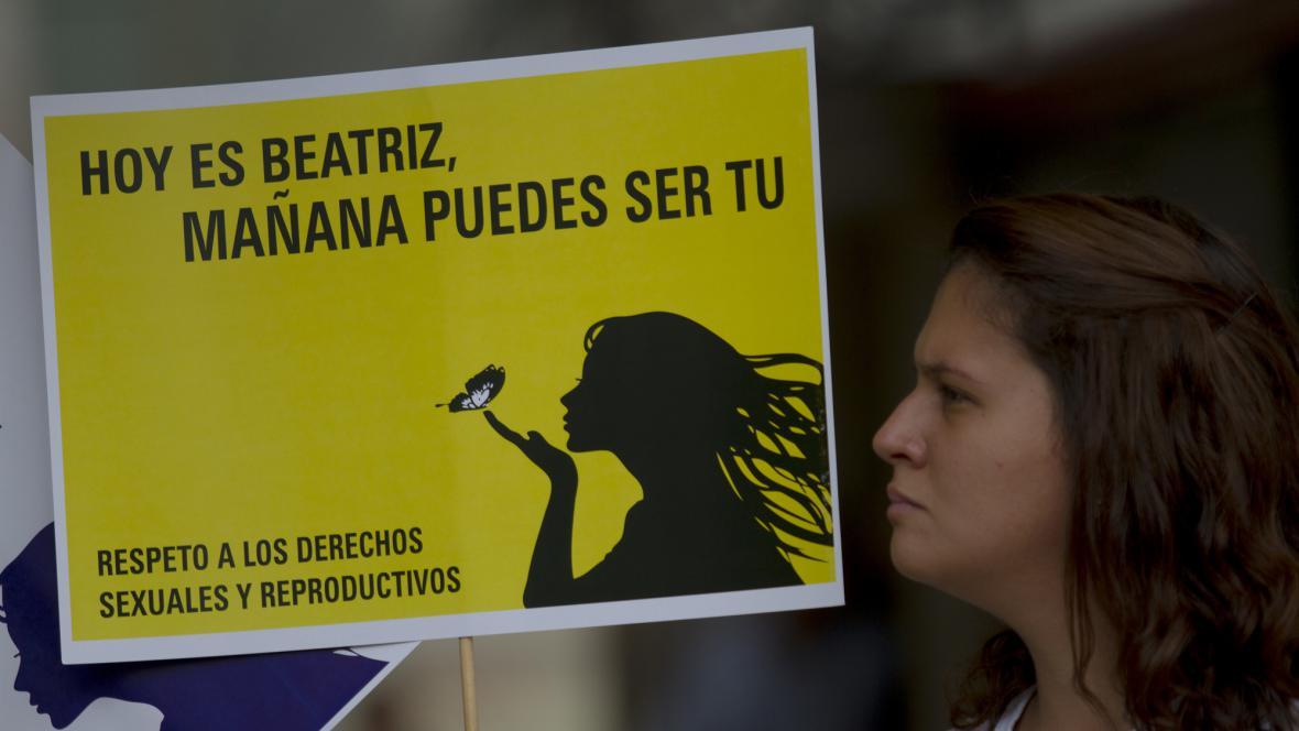Transparent na podporu nemocné ženy