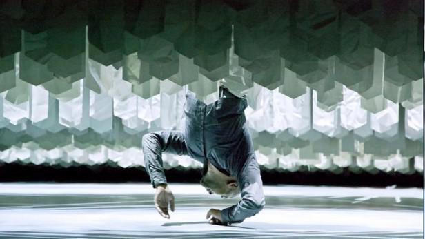 Tanec Praha 2013 / Z představení Desh