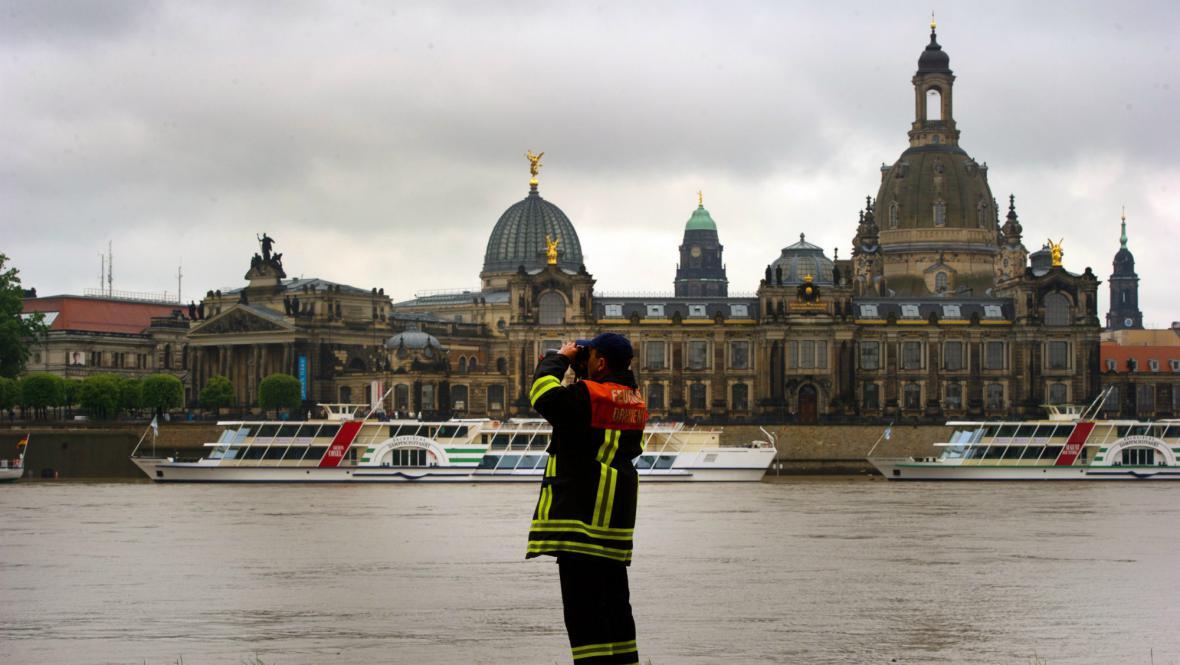 Rozvodněné Labe v Drážďanech