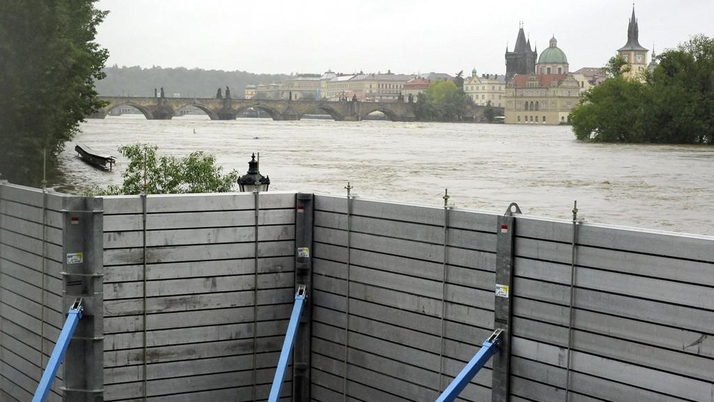 Protipovodňové zábrany v centru Prahy